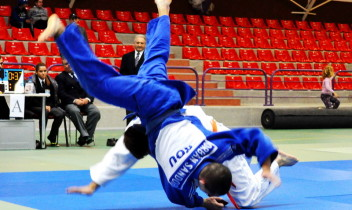 Echipa LIRPS, pe prima treaptă a Memorialului Oneşti de Judo 2014