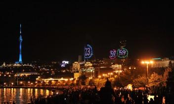 Toate privirile pe Baku – extravaganta aniversare a unui an până la Jocurile Europene 2015