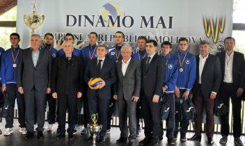 Noi perspective pentru voleiul masculin Dinamovist