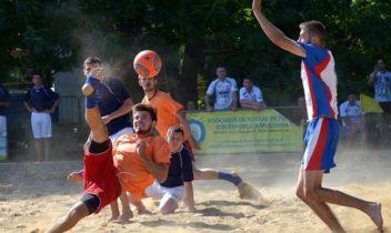 Campioana la fotbal pe plajă se va decide în ultima etapă