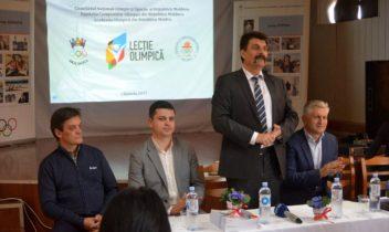 """Lecție olimpică la liceul """"Ștefan cel Mare"""" din capitală"""